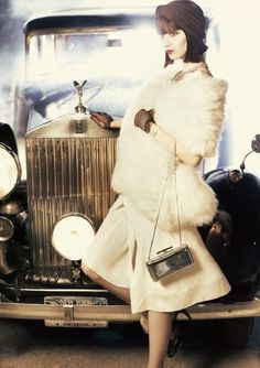 A Rolls-Royce Wraith featured in Jazz Age-inspired fashion spread, shot on the streets of New York, for German Elle magazine. The 1939 car belongs to a private owner from the Rolls-Royce Enthusiasts' club.