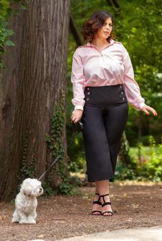 Pantaloni negri trei sferturi SNK PLUS 01 - AMA Fashion Plus Size, Style, Fashion, Swag, Moda, Fashion Styles, Fasion, Plus Size Clothing