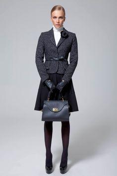 Skirt suits, uniforms, amazing dresses... Classy Work Outfits, Preppy Outfits, Office Outfits, Classy Dress, Fashion Outfits, Womens Fashion, Business Outfits Women, Business Fashion, Suits For Women