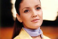 Karla Alvarez falleció...La actriz murió después de sufrir un paro cardiaco pero todavía no se sabe si padecía alguna enfermedad o qué fue exactamente lo que se lo provocó pues la encontraron sin vida en su departamento, según información de Televisa Espectáculos. RIP