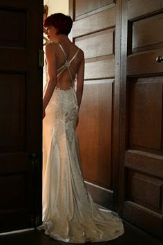 2285 Godiva ; Backless Wedding Dresses