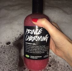 Lush valentine's day 2015, can't wait to try this one. I heard it smells like pomagrante  and vanilla