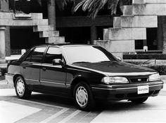 Hyundai Sonata (1992 – 1993).