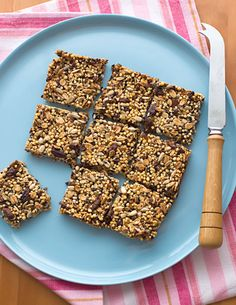 Honey Quinoa Bars. A great healthy snack. #recipes #health #food