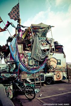 gypsy abode- I'd love to have the freedom and courage to run away and enjoy the simple life someday