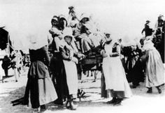 Driven from their homes as the British cleared out the South African countryside, women and children arrive at one of the infamous camps set up for the displaced and forcibly relocated Boers. (McGregor Museum)