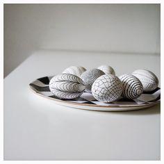 DIY - Painted easter eggs.