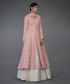 From our Wedding Festive Collection, this is a pressed rose handcrafted Chikankari Anarkali outfit. The anarkali shirt has intricate ivory chikankari jaal all over ( front and back) embellished with antique gold kamdani ( mukaish) work. Robe Anarkali, Lehnga Dress, White Anarkali, Bandhani Dress, Dress Brokat, Saree, Anarkali Suits, Designer Kurtis, Indian Gowns