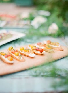 Heirloom Tomato Crostinis: http://www.stylemepretty.com/2015/08/20/20-cocktail-hour-appetizers-your-guests-will-devour/: