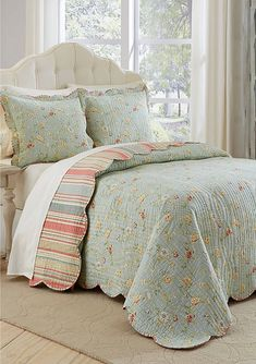 Garden Glitz Celadon Reversible Quilted Bedspread Set by Waverly White Bedspreads, Bedspread Set, Bedroom Design, Bed Linens Luxury, Bed, Waverly Bedding, Beautiful Bedding, Bedding Sets, Country Bedding Sets