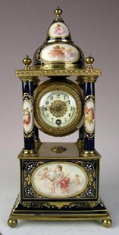 STUNNING c.1880 ROYAL VIENNA PORCELAIN CLOCK