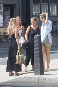 Kate Moss Style, Bridesmaid Dresses, Wedding Dresses, Daughter, Lunch, Black, Girls, Fashion, Bridesmade Dresses