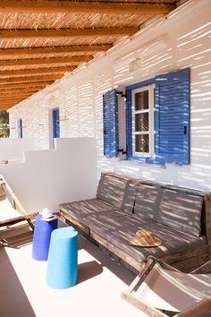 Outdoor Sofa, Outdoor Furniture, Outdoor Decor, Sun Lounger, Beach House, Photo Galleries, Gallery, Home Decor, Ideas