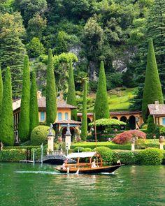 Beautiful Castles, Beautiful World, Beautiful Gardens, Dream Vacations, Vacation Spots, Caterina Valente, Italy Tours, Voyage Europe, Como Italy