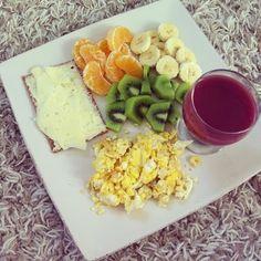 Desayuno                                                                                                                                                     Más