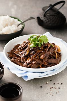 Chinese Beef with Honey Black Pepper Sauce - tender strips of beef stir fried with a sticky black pepper and honey sauce, a Chinese restaurant favourite!
