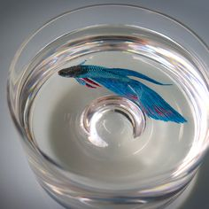 Painted in Layers of Resin by Keng Lye - http://www.theinspiration.com/2014/08/painted-layers-resin-keng-lye/