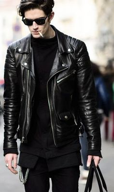 Casual Wear Style Tips To Dress Like A Pro! is part of Leather jacket men - Get Semi Formal & Casual Wear Style Tips There are several topics that can be described in an article; however some golden tips always exist as a shortcut Mode Masculine, Mode Swag, Look Man, Business Outfits, Business Casual, Stylish Men, Stylish Clothes, Leather Men, Leather Jackets