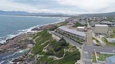 Gansbaai area and lifestyle information + a summary of the property market (real estate market) of the town. Brief introduction to all the suburbs of Gansbaai re location and also median prices etc.
