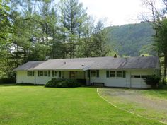 Check out this home at Realtor.com $229,000 4beds · 2baths 2000 Big Back Creek Rd, Warm Springs http://www.realtor.com/realestateandhomes-detail/2000-Big-Back-Creek-Rd_Warm-Springs_VA_24484_M60681-29227