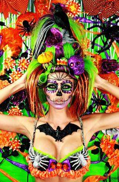 Sexy Zombie Girl shared by Lindsay♡Marie on We Heart It Halloween Photos, Halloween Looks, Fall Halloween, Halloween Party, Halloween Costumes, Halloween Face Makeup, Halloween Ideas, Happy Halloween, Halloween Skull