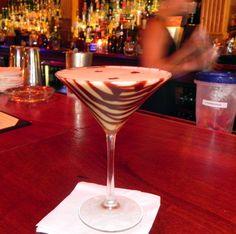 Mesmerising Martinis at Monkey Hill Bar #NewOrleans #MagazineStreet #NOLA