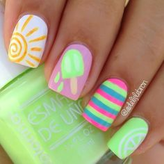 Really like the color combination n the striped nail. Would be cute on big toe and the light green on all other toe nails.