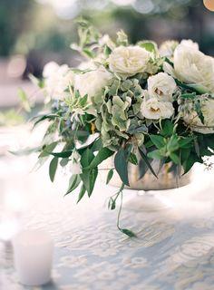 Photography: Jose Villa Photography - josevillaphoto.com Floral Design: Valley Flora - valleyflora.net   Read More on SMP: http://stylemepretty.com/vault/gallery/39771