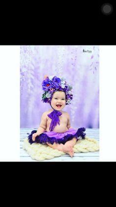 Çocuk bonesi çiçek tasarımlı..