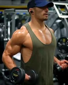 Fitness Workouts, Gym Workouts For Men, Workout Routine For Men, Weight Training Workouts, Chest Workouts, Fitness Tips, Men Fitness Motivation, Chest Workout For Men, Chest Exercises