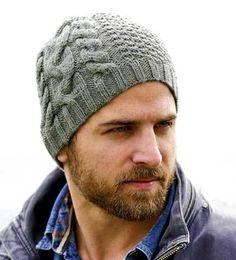Модели шапок для мужчин зачастую простые и практичные, это и понятно, ведь наши сильные половинки категорически противятся даже намекам на что-то эффектное, привлекающее внимание. Их, конечно же, м…
