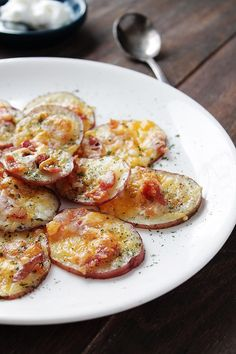 I just made these tonight. Ranch dip recommended! Loaded Baked Potato Rounds | www.diethood.com