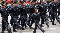 En el primer trimestre de 2017, la Encuesta Nacional de Ocupación y Empleo (ENOE) reveló que hay 231 policías y agentes de tránsito por cada 100.000 habitantes en la República Mexicana.