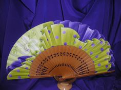 imagenes de dibujos para pintar en tela de abanicos - Buscar con Google Hand Held Fan, Hand Fans, Beautiful Hands, Crafts, Google, Andalucia, Book Quotes, Spanish, Japanese