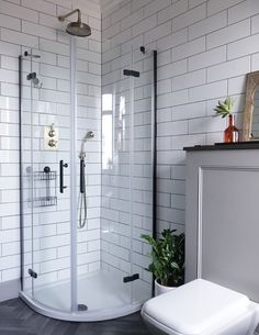 Before After An 1880s Victorian In Scotland Is Refashioned Design Sponge White Bathroom Tilesmodern