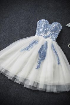 Strapless Sweetheart Appliques Tulle Homecoming Dresses,Ivory Hoco Dresses Prom Dresses A-Line Homecoming Dresses Ivory Prom Dresses Cheap Homecoming Dresses Prom Dresses Two Piece Homecoming Dresses 2019 Short Strapless Prom Dresses, Cute Homecoming Dresses, Graduation Dresses, Cheap Prom Dresses, Prom Party Dresses, Evening Dresses, Hoco Dresses, Dress Party, Chiffon Dresses
