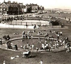 Skating Rink and Paddling Pool, Seaton Carew, late History Of England, Northern England, North Sea, My Heritage, Old Pictures, Black And White Photography, Seaside, Britain, Dolores Park