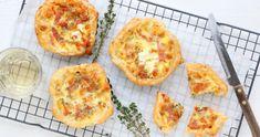 Mini pizza quiche met salami en mozzarella