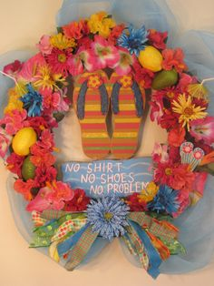 Items similar to Tropical Flip Flop Summer Floral Wreath on Etsy Wreath Crafts, Diy Wreath, Diy Crafts, Summer Wreath, 4th Of July Wreath, Flip Flop Craft, Decorating Flip Flops, Flip Flop Wreaths, Deco Mesh Wreaths