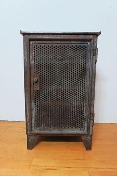 Original 30er Jahre vintage Metall- Werkzeugschrank Industrie Design Fabrik Loft | eBay
