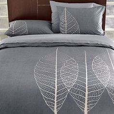 Duvet-cover idea: Paint image. this is even still masculine enough for a couple's room. rare.