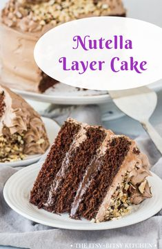 This recipe is a must for Nutella lovers. Soft from scratch chocolate cake filled with Nutella ganache topped with Nutella buttercream. Mousse Au Nutella, Nutella Ganache, Nutella Chocolate Cake, Chocolate Cheesecake Recipes, Nutella Recipes, Homemade Chocolate, Nutella Frosting, Nutella Cupcakes, Chocolate Desserts