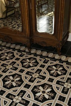 FLOORING  / SOLS #Decoration #Interior #Exterior #Flooring #Ceiling #Wall #Aménagement  #Renovation  #Ideas   #Morocco