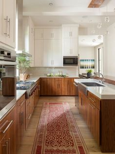 Supreme Kitchen Remodeling Choosing Your New Kitchen Countertops Ideas. Mind Blowing Kitchen Remodeling Choosing Your New Kitchen Countertops Ideas. Two Tone Kitchen Cabinets, Farmhouse Kitchen Cabinets, Kitchen Countertops, Base Cabinets, Walnut Cabinets, Narrow Kitchen, Kitchen White, White Cabinets, Farmhouse Sinks