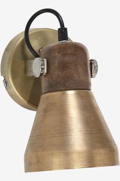 PR Home Ashby Vegglampe - Gull - Hjem & innredning - Ellos.no Scandi Living, Single Sein, Spotlights, Modern Kitchen Design, Ceiling Lamp, Wall Lamps, Wall Lights, Lighting, Silver