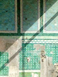 Tiles. Farringdon, London.