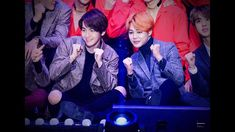 Image shared by Owler Xu. Find images and videos about bts, exo and jimin on We Heart It - the app to get lost in what you love. Bob 1, Exo 12, Bts And Exo, Whitney Houston, Mariah Carey, Foto Bts, K Idols, Bts Jimin, Baekhyun