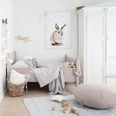 How cute is this little girl's room! Featuring the beautiful quilt/play mat by @camcam_cph , available online. . Gorgeous image by @brookecastelstylist #kidsroom #kidsinterior #camcam #nordichome #nordicinspiration