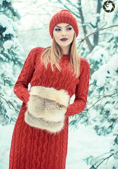 Lady in red - null