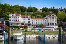 Situated on the waterfront, Island House Hotel offers direct access to the historic island life of Mackinac Island. Mackinac Island, Ice Houses, Cozy Cafe, Romantic Places, Beautiful Hotels, Island Life, Beautiful Landscapes, State Parks, Trip Advisor